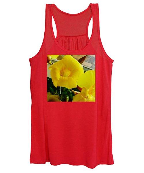 Canario Flower Women's Tank Top