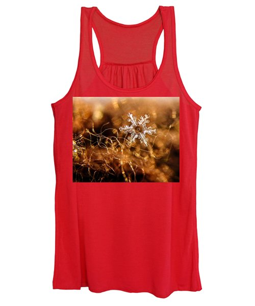 Snowflake On Brown Women's Tank Top