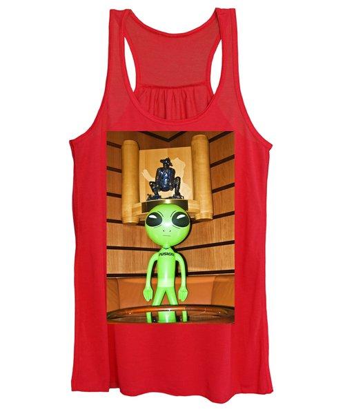 Alien In The Corner Booth Women's Tank Top