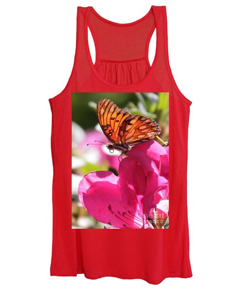 Dreaming Of Butterflies And Pink Flowers Women's Tank Top