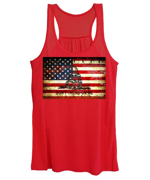 American Flag And Viper On Rusted Metal Door - Don't Tread On Me Women's Tank Top