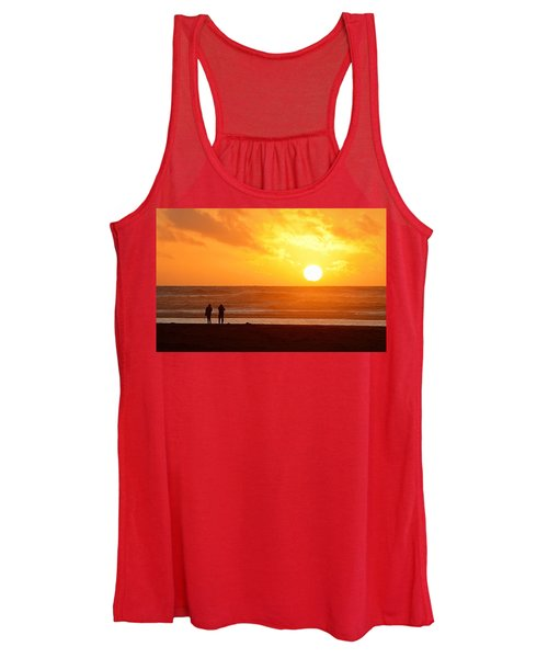 Catching A Setting Sun Women's Tank Top