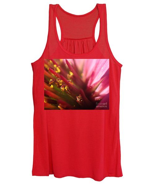 Curly Contrast Women's Tank Top
