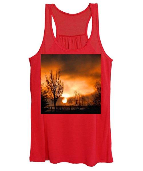 Foggy Sunrise Women's Tank Top