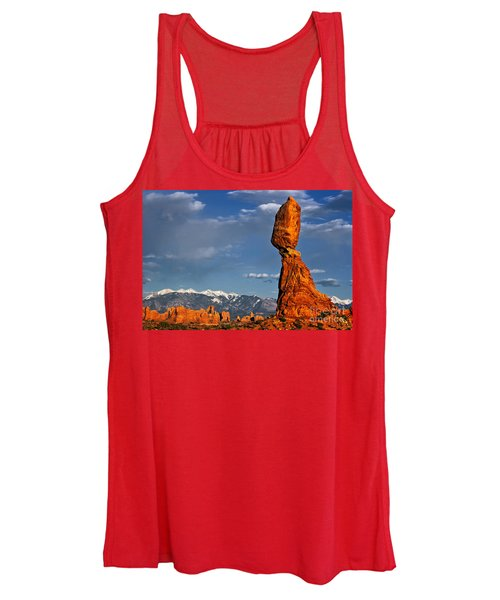 Gravity Defying Balanced Rock, Arches National Park, Utah Women's Tank Top