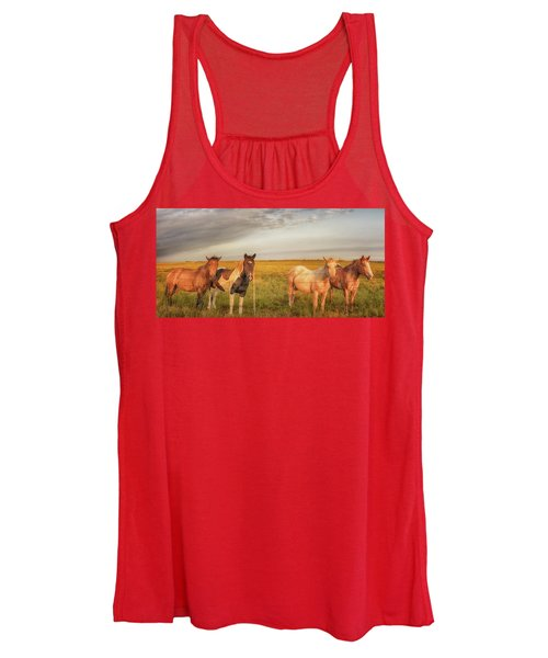 Horses At Kalae Women's Tank Top
