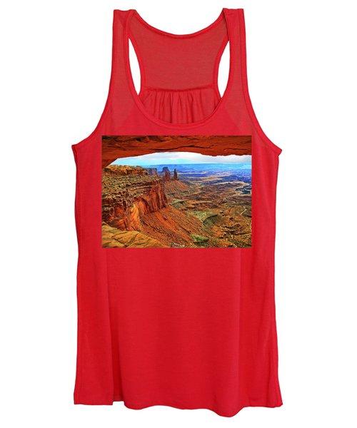 Overlooking Canyonlands National Park    Moab Utah Women's Tank Top