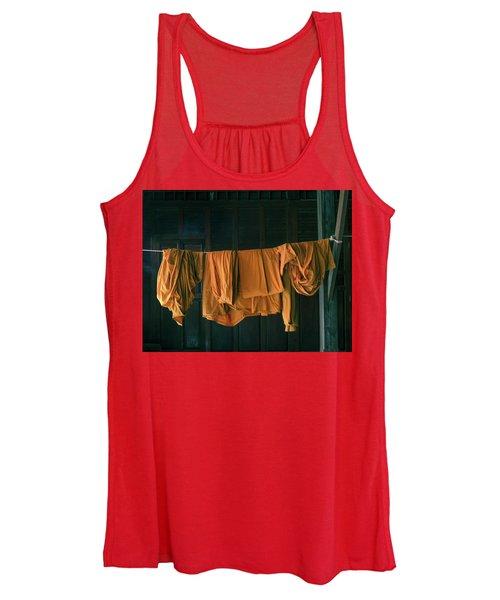 Saffron Robes Women's Tank Top