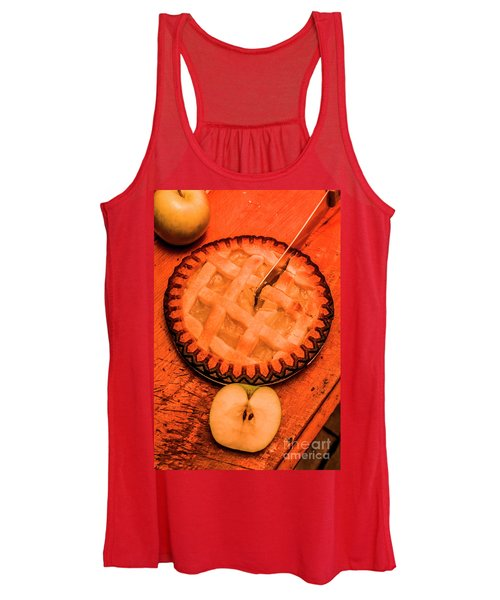 Slicing Apple Pie Women's Tank Top