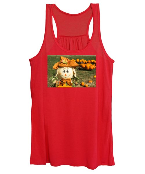 Smiling Scarecrow With Pumpkins Women's Tank Top
