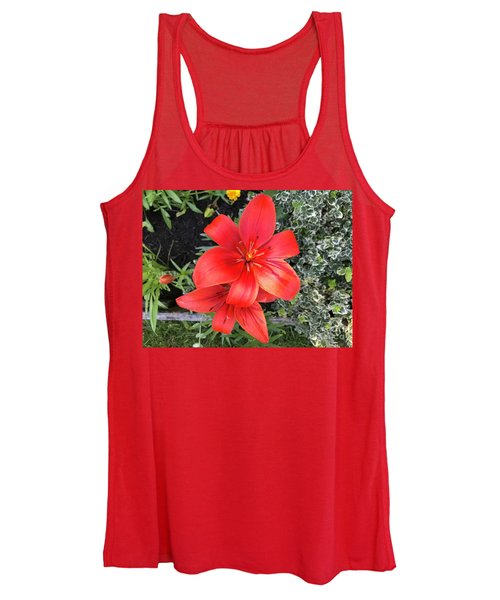 Sunbeam On Red Day Lily Women's Tank Top