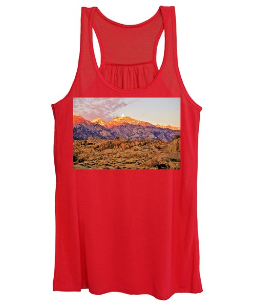 Supermoon Setting At Sunrise Over Mount Williamson In The Sierra Nevada Mountains Women's Tank Top