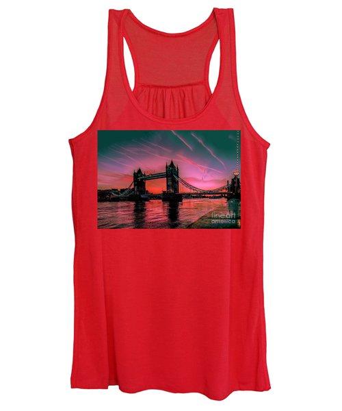 London Tower Bridge Sunrise Pano Women's Tank Top