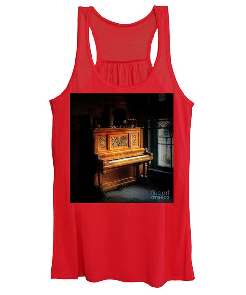 Old Wooden Piano Women's Tank Top