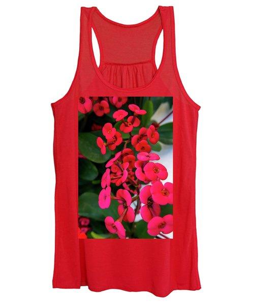 Red Flowers In Bloom Women's Tank Top