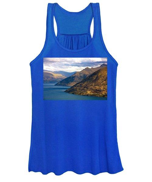 Mountains Meet Lake Women's Tank Top