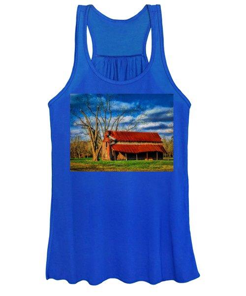 Red Roof Barn Women's Tank Top