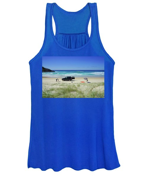 Family Day On Beach With 4wd Car  Women's Tank Top