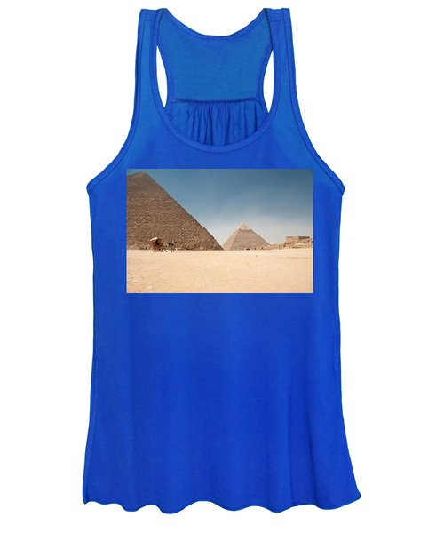 Horse Dragging Cart In Front Of The Giza Pyramids Women's Tank Top