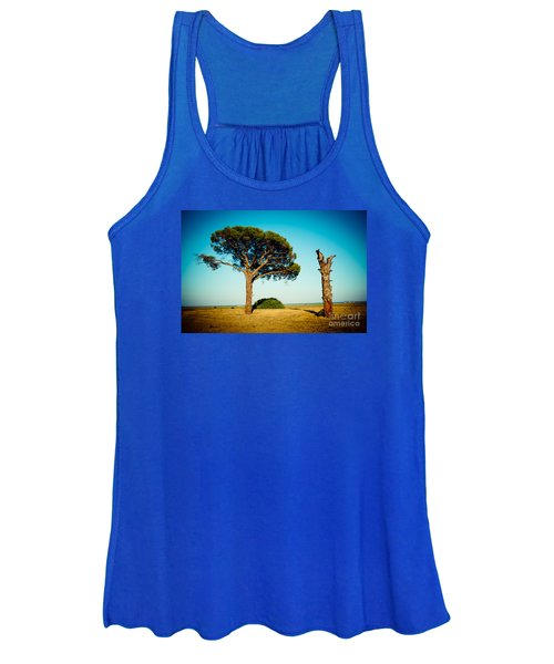 Live And Dead Tree At Seacoast Women's Tank Top
