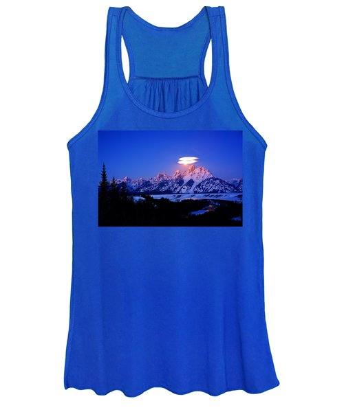 Moon Sets At The Snake River Overlook In The Tetons Women's Tank Top