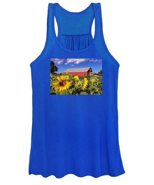 Sunflower Red Barn Women's Tank Top