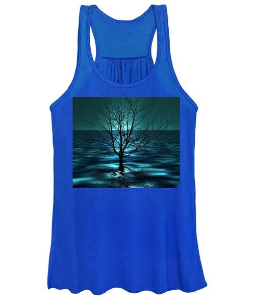 Tree In Ocean Women's Tank Top