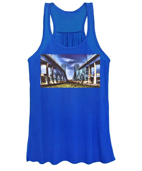 Twin Spanned Arched Women's Tank Top