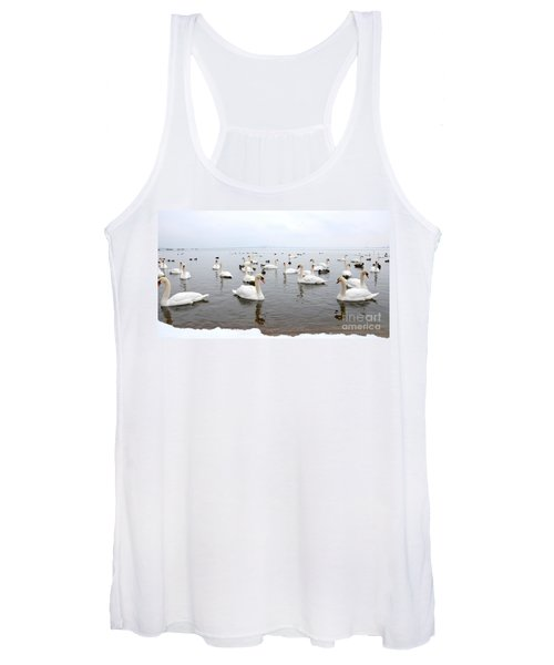 60 Swans A Swimming Women's Tank Top