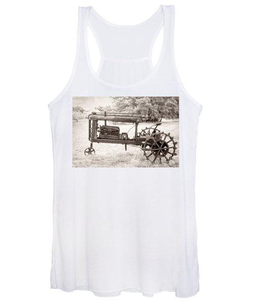 Antique Tractor Women's Tank Top