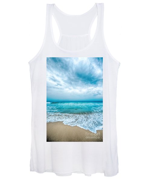 Beach And Waves Women's Tank Top