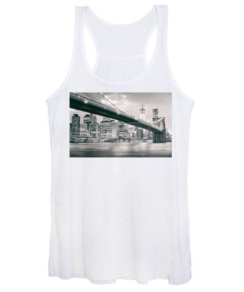 Brooklyn Bridge And New York City Skyline At Night Women's Tank Top