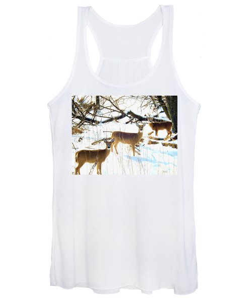 Does In The Snow Women's Tank Top