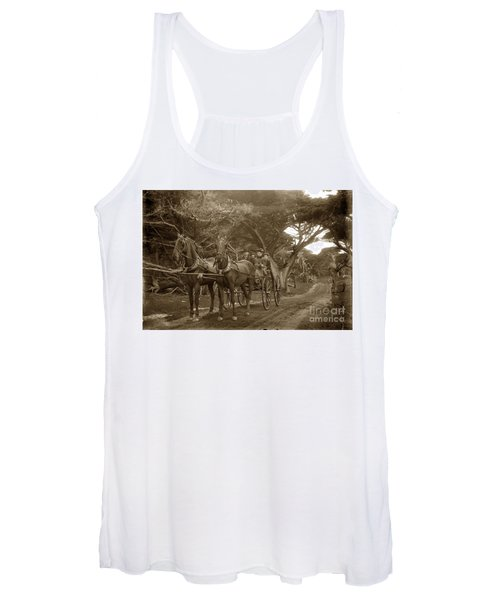 Family Out Carriage Ride On The 17 Mile Drive In Pebble Beach Circa 1895 Women's Tank Top