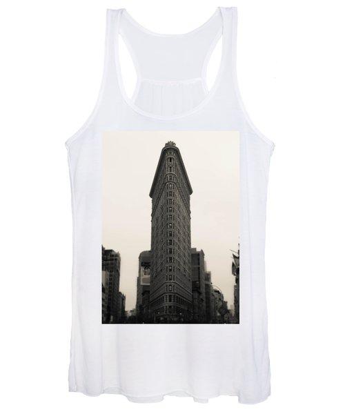 Flatiron Building - Nyc Women's Tank Top