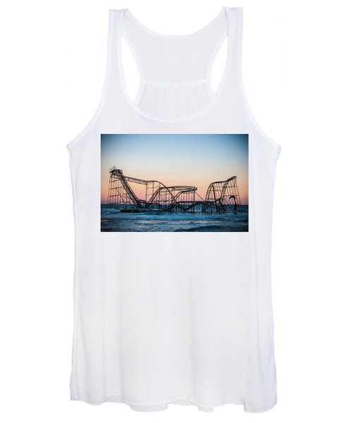 Giant Of The Sea Women's Tank Top