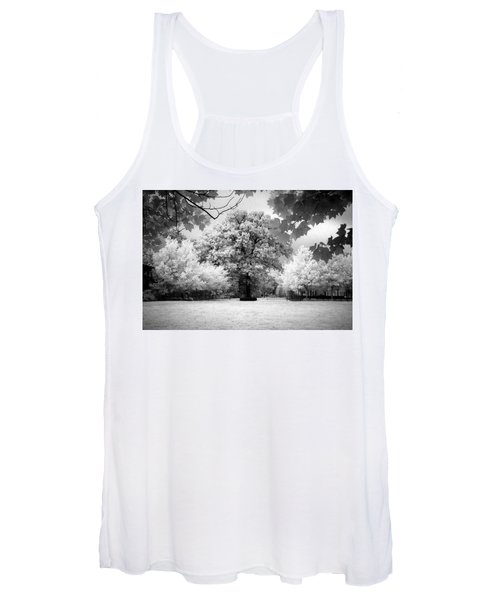 Infrared Majesty Women's Tank Top