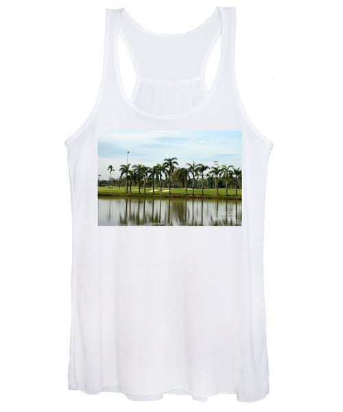 Lake Sand Traps Palm Trees And Golf Course Singapore Women's Tank Top
