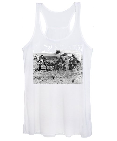 Pioneer Family And Wagon Women's Tank Top