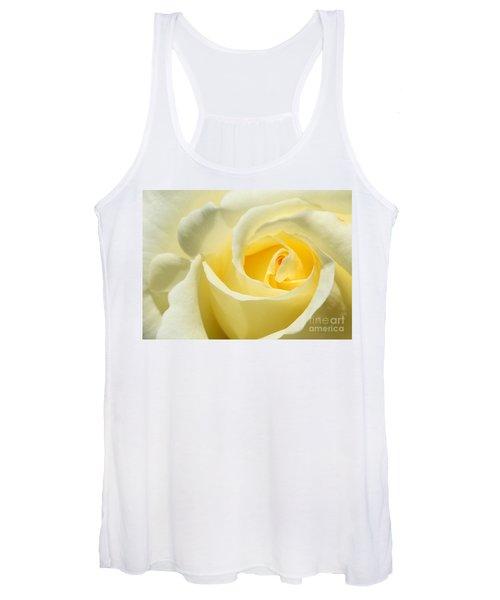 Soft Yellow Rose Women's Tank Top