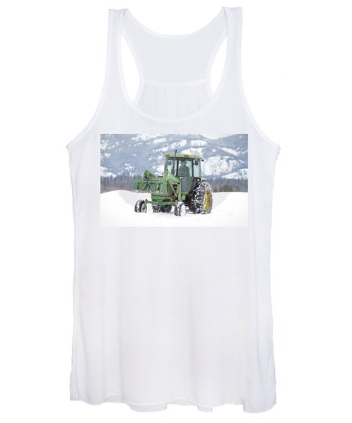 Winter Feeding Women's Tank Top
