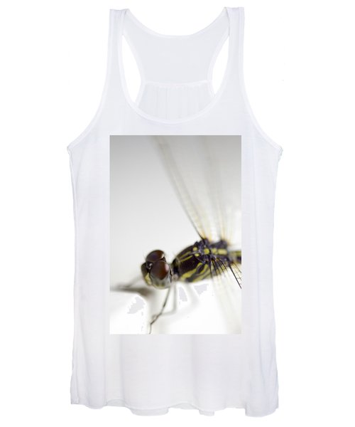 Close Up Shoot Of A Anisoptera Dragonfly Women's Tank Top