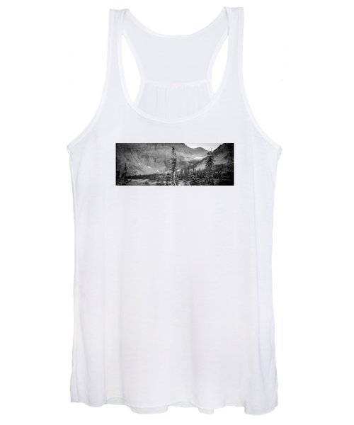 Gnarled Pines Women's Tank Top