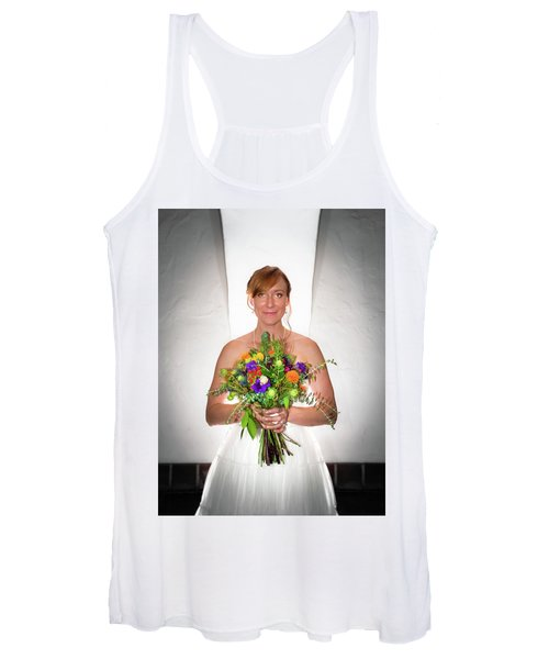 A Beautiful Backlit Bride And Her Bouquet Women's Tank Top