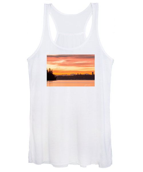 A Glaze Of Orange Women's Tank Top