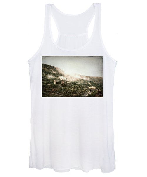 Abandoned Hotel In The Fog Women's Tank Top