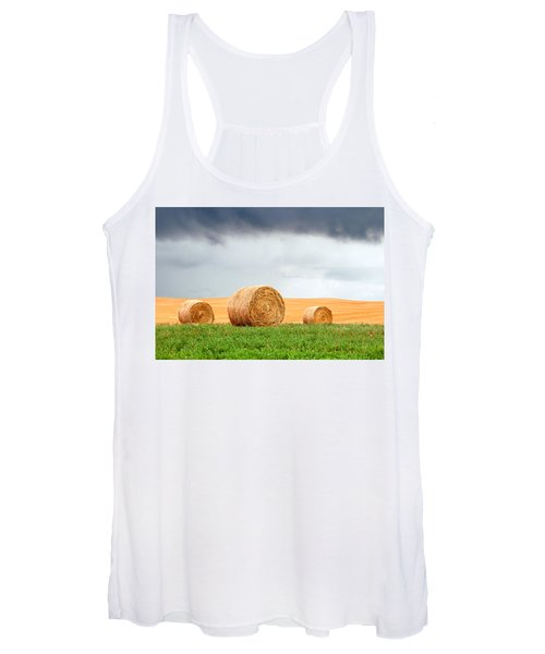 Bales And Layers Women's Tank Top