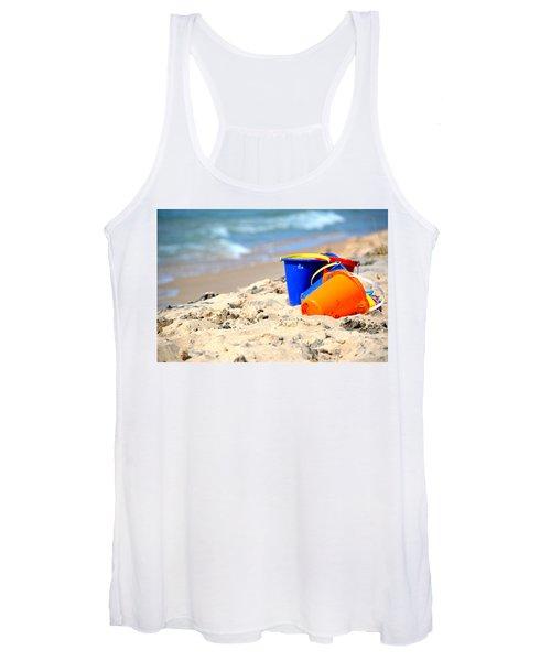 Beach Buckets Women's Tank Top