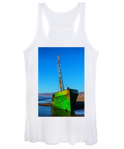 Beached Abandoned Boat Women's Tank Top