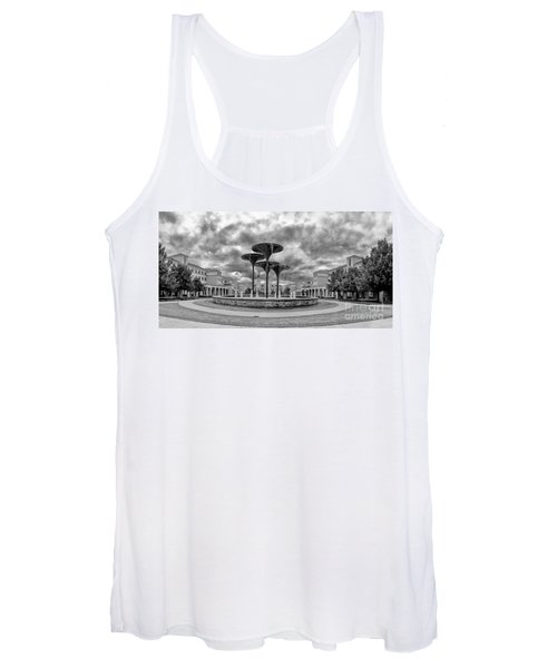 Black White Panorama Of Texas Christian University Campus Commons And Frog Fountain - Fort Worth  Women's Tank Top